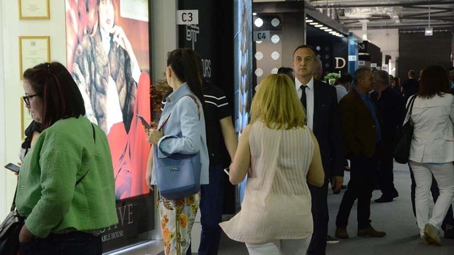 «Σταθμό» στην ιστορία της Διεθνούς Έκθεσης Γούνας Καστοριάς αποτέλεσε η 42η διοργάνωση